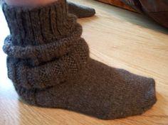 Ravelry: EG Socks, Love Lexylu pattern by Lexy Lu