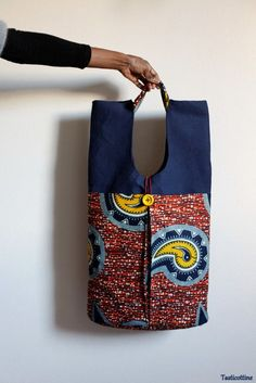 Understanding The Vintage Sewing Pattern - Sewing Method Ankara Bags, Moda Afro, Ethno Style, Diy Sac, African Accessories, Blog Couture, Sewing Blogs, Denim Bag, Fabric Bags