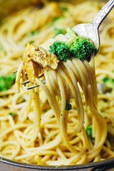 spaghetti with golden mushroom sauce chicken broccoli spaghetti with ...