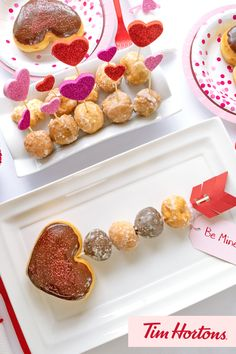 Celebrate Valentines Day with Tim Hortons! See our board for more donut inspiration. Valentines Baking, Valentines Day Treats, Valentine Day Crafts, Holiday Desserts, Holiday Treats, Donuts, Gourmet Recipes, Dessert Recipes, Tim Hortons