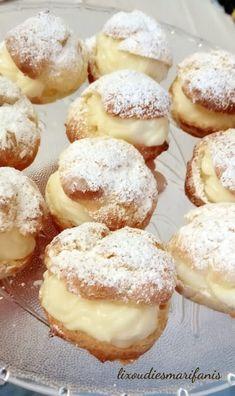 Σου με κρέμα | Cream puffs Greek Dishes, Sweet Pastries, Blue Cheese, Greek Recipes, Doughnut, Sweets, Cream, Baking, Cake