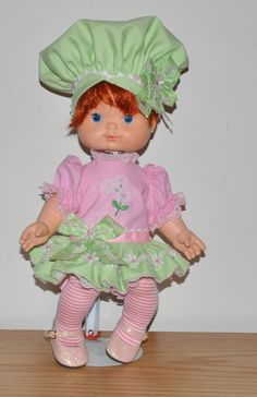 SSC Lime Chiffon Outfit with Muffin Hat for Blowkiss Dolls.