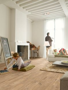QuickStep Perspective Wide Oak Planks With Saw Cuts Nature 4v-groove Laminate Flooring 9.5 mm, QuickStep Laminates - Wood Flooring Centre