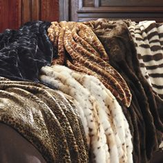 How cozy do these gorgeous throws look for fall and winter? And don't worry, it's all faux fur!
