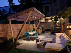 From New Eco Landscapes. Fermob Luxembourg chairs.
