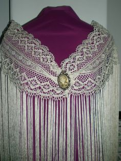 TOCADOS CARMEN SÁNCHEZ: Los mantones de mi mama