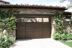 ES_Cypress Ridge_Orchard_ext_hideaway_gate