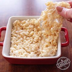 Rice Krispies Treats For One, a single serving version of a classic dessert made in the microwave. Only three ingredients needed and so easy to make. | zagleft.com