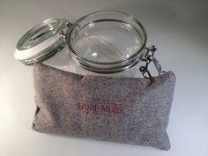 LavendelFenchel Augenkissen  fear less  HOPE MORE  von BenLix, $33.00