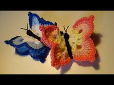 How to Crochet a Butterfly - Version this crochet tutorial I show you how to crochet another one of my butterfly Sweet And Simple Crochet Butterfly Ideas Crochet Butterfly Free Pattern, Crochet Motif, Crochet Flowers, Crochet Stitches, Crochet Patterns, Crochet Fall, Cute Crochet, Easy Crochet, Borboleta Crochet