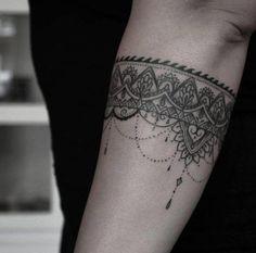 Risultati immagini per half sleeve lower arm tattoo designs girl Tattoo L, Cuff Tattoo, Necklace Tattoo, Ankle Tattoo, Piercing Tattoo, Arm Band Tattoo, Body Art Tattoos, Girl Tattoos, Piercings