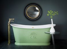 Le Grand Bateau - Cast Iron Bath | Catchpole & Rye