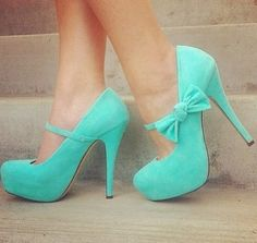Must have these bow Mary Janes in minty green