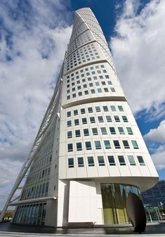 Malmö, Sweden, it's the tallest skyscraper in Scandinavia/Santiago Calatrava