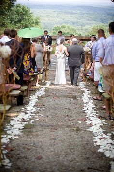 Beautifully Decorated Allison Peabody Hall Abe Martin Lodge Brown County State Park Nashville In Rustic Chic Abemartinlodge Wedding Pinterest