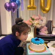 Birthday Girl Pictures, Girl Birthday, Birthday Cake, Iu Twitter, Dream High, Mamamoo, Shinee, Kpop Girls, Kdrama
