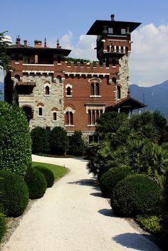 """Villa La Gaeta in San Siro, Lake Como, Italy Villa Gaeta was a set to the finale of the film: """"Casino Royale"""