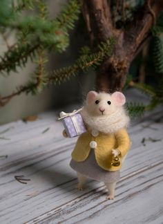 Needle Felted mouse Woolen mouse Christmas by MollyDollyNatural