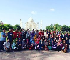 University trip to Delhi, Agra, Meerut by students from Faculty of Quran & Sunnah Studies, Universiti Sains Islam Malaysia. Group Pictures, Incredible India, Dolores Park, Islam, University, Selfie, Travel, Moonlight, Viajes