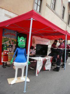Oky Ony participa del día de la Policía en Pisa.