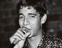 """Zeca Pagodinho (4/2/1959). Cantor e Compositor, Zeca nasceu em Irajá (RJ). É autor de sambas como """"A Vaca"""" (c/ Ratinho), """"Ai que saudade do meu Amor"""" (c/ Arlindo Cruz), """"Alto Lá"""" (c/ Arlindo Cruz e Sombrinha), """"Anjo ateu"""" (c/ Pedrinho da Flor e Ratinho), """"Bagaço da Laranja"""" (c/ Arlindo Cruz e Jovelina Pérola Negra)  """"Brincadeira tem hora"""" (c/ Beto Sem Braço."""