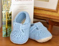 CROCHET PATTERN for classic T-Bar Baby Shoes for Boys and for Girls - timeless style for Babies - I'm sure I had these myself as an infant, a very long time ago!! This is a great little crochet pattern, complete with stage-by-stage photos to guide you through the process, for lovely, simple shoes. You can make these little sandals in no time with some beautiful, soft, luxury yarn - they're a joy to crochet and sheer luxury for Baby - stylish and snug these little sandals are equally p...