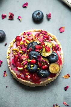 I was very happy to be asked to take part in Seasonal Berries' Be Berry Bright campaign this year and create a delicious, berry themed recipe to share with you all! I attended the Seasonal Be…