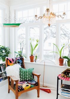 plants + patterns (+ a hanging ship!) #white #bright #window #light #color #prints #home #living #room #space #style #interior #decor