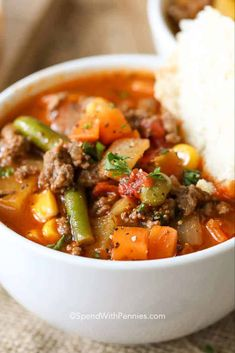 Hamburger Soup is a quick and easy meal loaded with vegetables, lean beef, diced tomatoes and potatoes. It's great made ahead of time, reheats well and freezes perfectly. Easy Hamburger Soup, Hamburger Vegetable Soup, Beef Soup Recipes, Cooking Recipes, Healthy Recipes, Chowder Recipes, Veggie Recipes, Healthy Eats, Yummy Recipes
