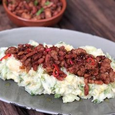 kip in bier gestoofd - Familie over de kook Mashed Potato Recipes, Dinner With Friends, Diy Food, Vegetable Recipes, Food Hacks, Italian Recipes, Delish, Side Dishes, Spicy