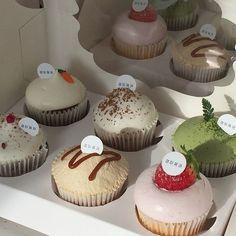Cute Desserts, Dessert Recipes, Good Food, Yummy Food, Healthy Food, Think Food, Cafe Food, Pretty Cakes, Aesthetic Food