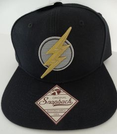 uk availability 59a07 cf942 The Flash Embroidered Logo Justice League DC Comics Snap Back Black Hat Nwt   DCComics