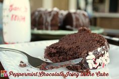 Peppermint Chocolate Icing in the Cake Recipe made with Pillsbury Cake and Frosting #yum #ad: