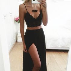 Cute bralette and chiffon maxi skirt. Cute outfit.
