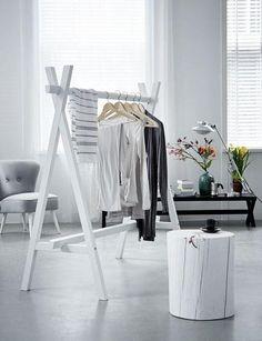48 Creative DIY Clothes Rack Design Ideas - Page 14 of 47 - Best Home Decorating Ideas Diy Clothes Rack, Clothes Rail, Wooden Clothes Rack, Hanging Clothes, Clothing Racks, Clothes Stand, Clothing Swap, Clothing Stores, Clothes Horse