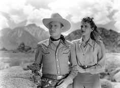 Gene Autry photos | Gene Autry e Peggy Stewart em A Corrida do Diabo