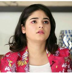 Purest soul. Zaira Wasim, Photo Composition, Graphic Design Software, Beauty Full Girl, Photo Effects, Classic Collection, India Beauty, Beautiful Indian Actress, Indian Girls