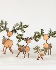 Little wooden reindeer