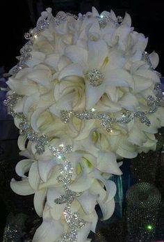 Gorgeous wedding bou