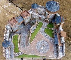 model castle - several photos, no instructions - dioramas