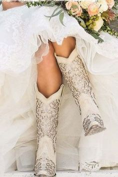 Corral Boot Company Women's White with Glitter Inlay Western Snip Toe Boots - Cowgirl - Wedding dresses Rodeo Party, Bota Country, Dream Wedding, Wedding Day, Perfect Wedding, Wedding Signs, Budget Wedding, Spring Wedding, Wedding Reception