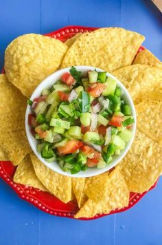 Cucumber Salsa is quick easy and will be your new favorite way to use cucumbers. Only 6 ingredients: cucumbers, lime, tomatoes, cilantro, onion & jalapeno. Best Appetizer Recipes, Best Appetizers, Healthy Recipes, Healthy Food, Yummy Food, Home Made Tarter Sauce, Tartar Sauce, Cucumber Salsa, How To Make Salsa