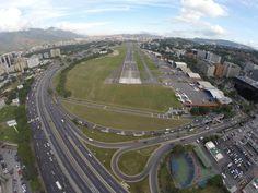 IMG_9502 Aeropuerto La Carlota dentro de Caracas