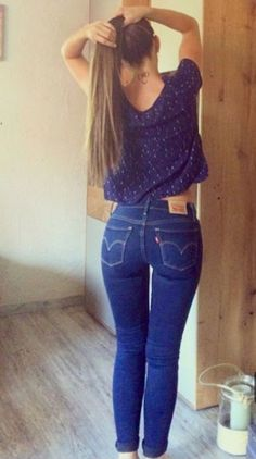 These Beautiful Jeans Girls Looking Something Wow. Explore 36 tight women in jeans looking more stunning than ever. Sexy Jeans, Superenge Jeans, Wide Leg Jeans, Curvy Jeans, Slacks Pants, Black Biker Jeans, Best Jeans For Women, Looks Pinterest, Looks Jeans