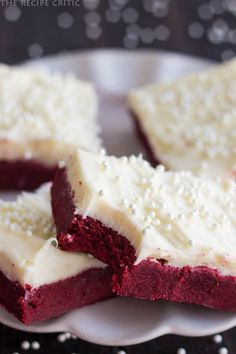 Red Velvet Sugar Cookie Bars with Cream Cheese Frosting | The Recipe Critic~T~ So pretty. Great for Valentine's Day.