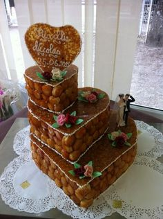 Boulangerie Patisserie Bastien Neufchateaumariage cak e Beautiful Cakes, Amazing Cakes, Alternative Wedding Cakes, Croquembouche, Jelly Roll Pan, Cream Wedding, Grilled Asparagus, Some Recipe, Royal Icing