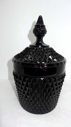 Black Milk Glass Canister Lidded Cookie Jar Home and Garden Kitchen and Dining Food Storage Cookie Jars Storage Canisters, Glass Canisters, Fenton Glassware, Vintage Glassware, Black Food, Black Milk, Black Amethyst, Black Diamond, Glass Cookie Jars