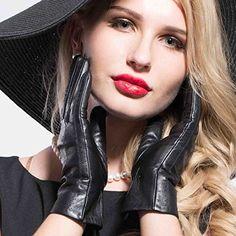 MATSU Women Casual Winter Warm Lambskin Leather Gloves M9040 (S, Black-Long Fleece) Matsu Gloves http://www.amazon.com/dp/B013G3HLCW/ref=cm_sw_r_pi_dp_DnJ-vb1E7782F