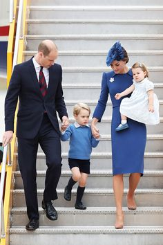 Prince William, Duke of Cambridge, Catherine, Duchess of Cambridge, Prince George of Cambridge and Princess Charlotte of Cambridge arrive at the Victoria Airport on September 24, 2016 in Victoria, Canada.