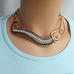 Summer River Necklace on Wire Necklace, Wire Wrapped Necklace, Collar Necklace, Necklaces, Wire Jewelry Patterns, Fabric Jewelry, Jewelry Ideas, Copper Jewelry, Hair Jewelry